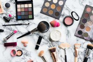 همه چیز در مورد تشخیص لوازم آرایش اصل و فیک